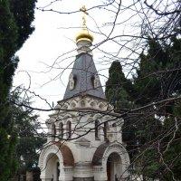 Ялта-Часовня святителя Николая Чудотворца :: Александр Костьянов