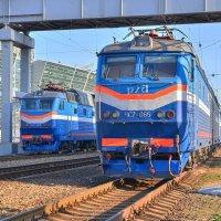 Электровозы ЧС7-093 и ЧС7-065 :: Денис Змеев