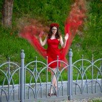 платье огонь! - Дочка жжёт! )) :: Виталий Левшов