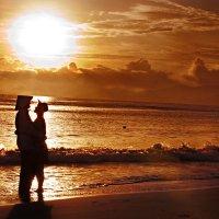 Горячее солнце Вьетнама... :: Иван Клёц