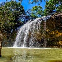 Водопад Пренн. Далат. Вьетнам. :: Rafael