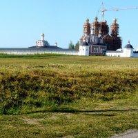 Брянск, Свенский монастырь :: Леонид Натапов
