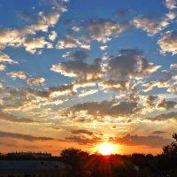 Рваные облака :: Александр Садовский