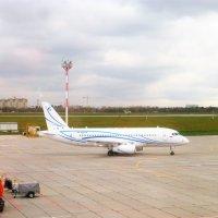 Сухой Супер Джет -    SSJ-100  (Су95) :: Alexey YakovLev