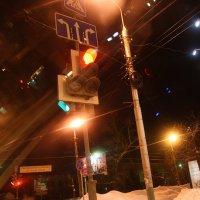 Зимние  огни  города. :: Валерия  Полещикова