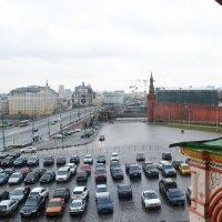 Вид из Окна собора Василия Блаженного. :: Владимир Болдырев