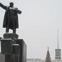 вертикали зимнего города :: georg
