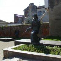 Памятник  жертвам  нацизма  в  Дрогобыче :: Андрей  Васильевич Коляскин
