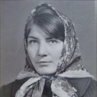 Девушка в платочке. 1962 год :: Нина Корешкова