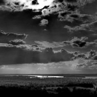 Вид на Шексну с горы Сандырева :: Валерий Талашов