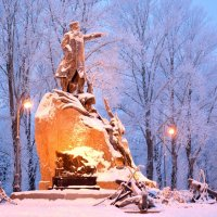 Памятник Адмиралу. :: Владимир Шутов