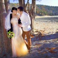 Свадебная фотосессия на кипарисовом озере :: Сергей Кишкель
