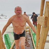 В Крещение на Обве у Ильинского :: Валерий Симонов