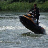 Активный отдых на воде. :: Андрей Криштопенко