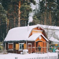 Домик в деревне :: Валентин Уваров