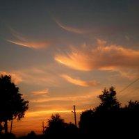 закатные мазки-облака :: Александр Прокудин