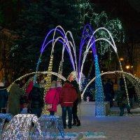 Световой фонтан :: Юрий Стародубцев