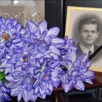 7 лет назад в 5 утра остановилось твоё сердце... :: Нина Корешкова