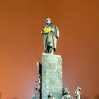 Памятник Тарасу Шевченко - Харьков :: Богдан Петренко