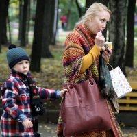 куда без мамки то или когда же и где поесть мамочке :: Олег Лукьянов