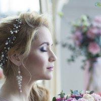 Pink beauty портрет :: Евгения Лисина