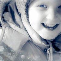 Детство - это самый счастливый возраст, когда  ночью бежишь из туалета и радуешься что тебя не съели :: Наталья Александрова