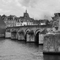 Sint Servaasbrug#2 :: Mikhail