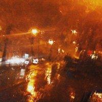 В Екатеринбурге дождь... :: Сергей Чернышов