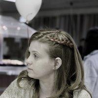 Портрет с телефоном :: Александр Деревяшкин