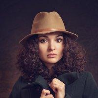 Автопортрет (немного в стиле fashion) :: Надежда Горох (Красненкова)