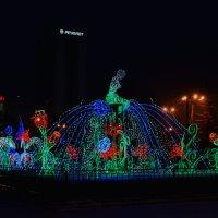 Красноярск. Фонтан зимой. :: Татьяна Соловьева