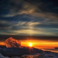 Закат среди льдин :: Valeriy Piterskiy