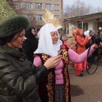 На празднике НАУРЫЗ  Казахстан серия 5\\5 :: Николай Сапегин