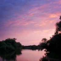 Закат на реке :: Олег Бемас