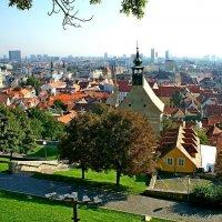 Вид на старый город с Братиславского Града :: Денис Кораблёв
