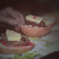 Делаем домашний гамбургер :: Александр Кузин