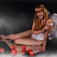 Наташа ангелочек :: Юрий Сидоров