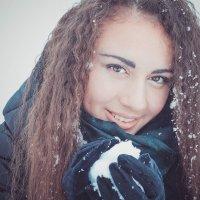 Первый снежок :: Мили Кант