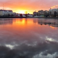 Солнце встаёт... :: Светлана