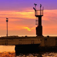 вечер на набережной :: Sergey Hakobyan