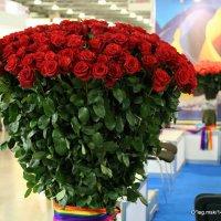 "букетик""с роз :: Олег Лукьянов"
