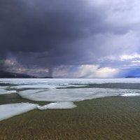 Уходящие льды Байкала :: Анна Дмитриева
