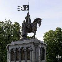 Памятник князю Владимиру и Святителю Фёдору :: Игорь Денисов