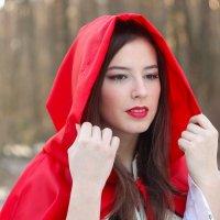 Красная шапочка :: Екатерина Демская