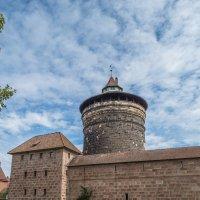 крепостная стена старого города :: Сергей Цветков