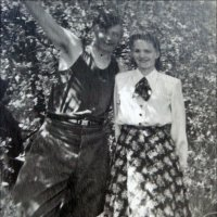Летний дождик. 1951 год :: Нина Корешкова