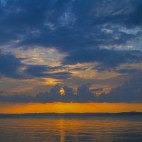 Теплый летний закат :: Gennadiy Karasev