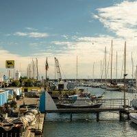 Набережная и порт в Сан Ремо :: Witalij Loewin