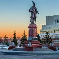 Красноярск, памятник Н.П.Резанову :: Андрей Поляков