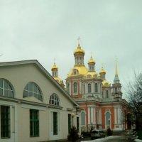 Казачья церковь и Крестовоздвиженский собор. :: Светлана Калмыкова
